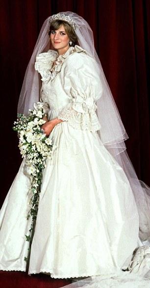 robe mariée princesse Diana avec manches moelleuses