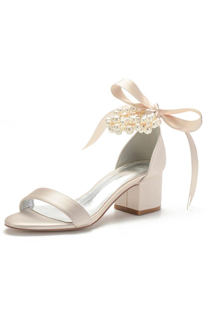 Sandales champagne talon épais bride perlée noeud
